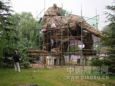 现正计划作为北京动物园标志性雕塑