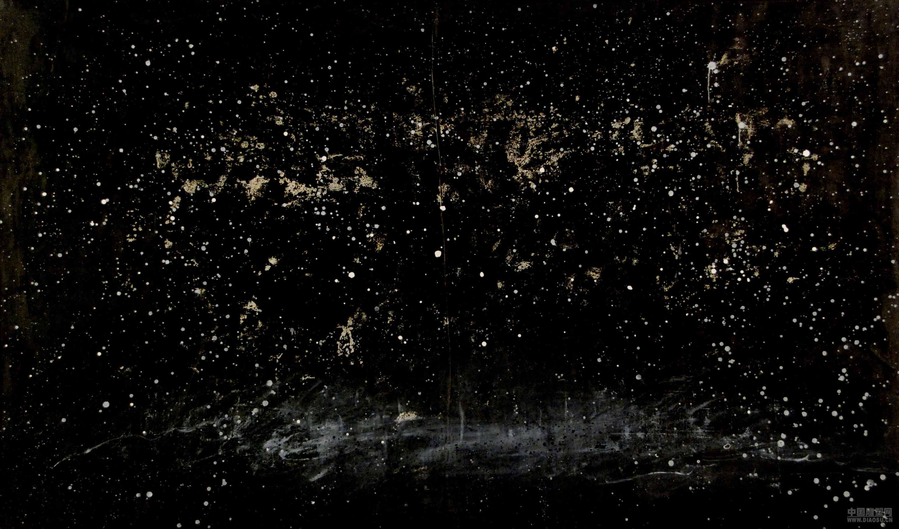 他用黑色的毛笔在白色的空间上就象疾驰的风儿一样奔跑,在悠久的山水