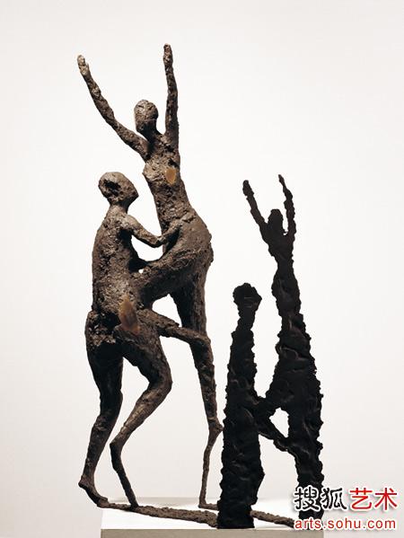 雕塑着 除了时间 走访现代雕塑家张峰 组图