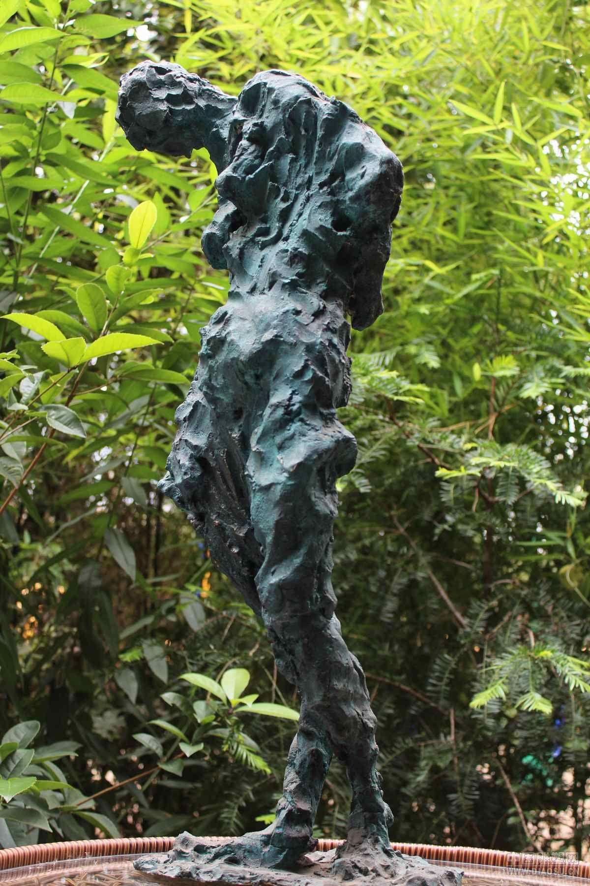 人与自然__中国雕塑网