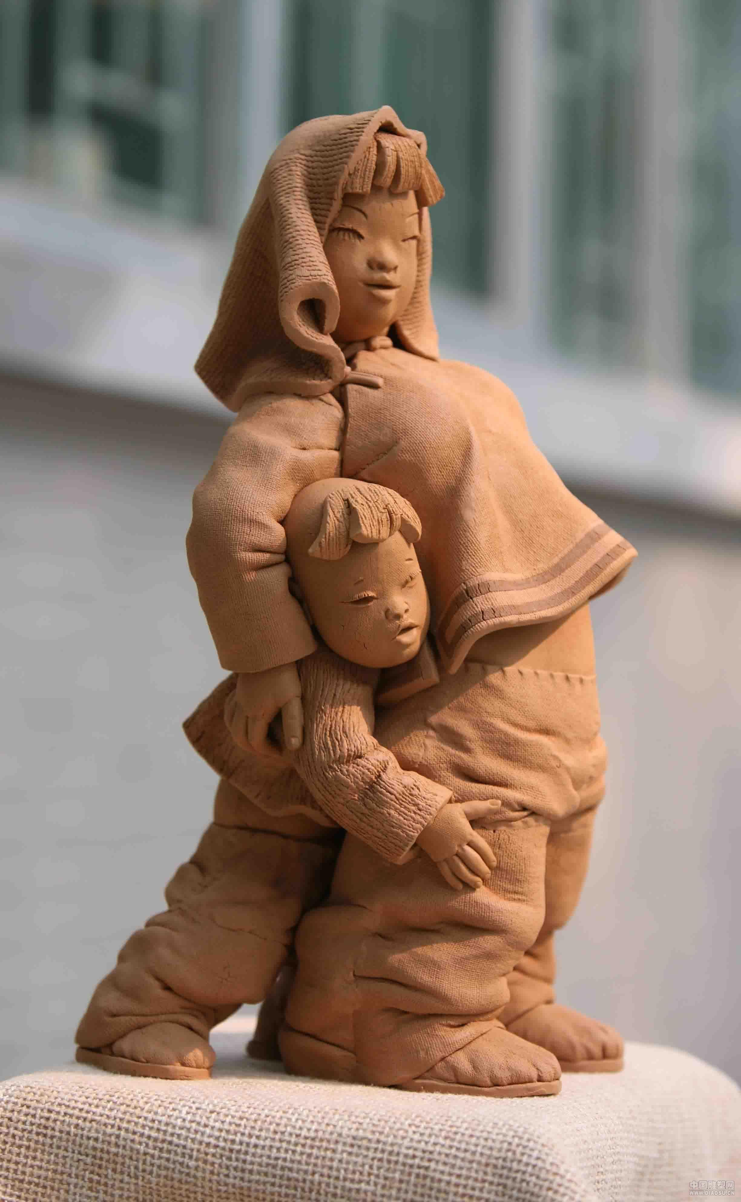 陶泥雕塑木头作品